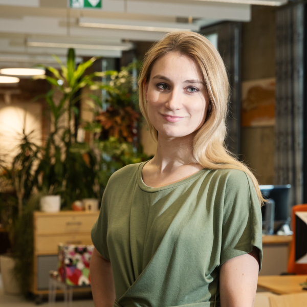 Anastasia Jefimova, Marketing - Wrenew